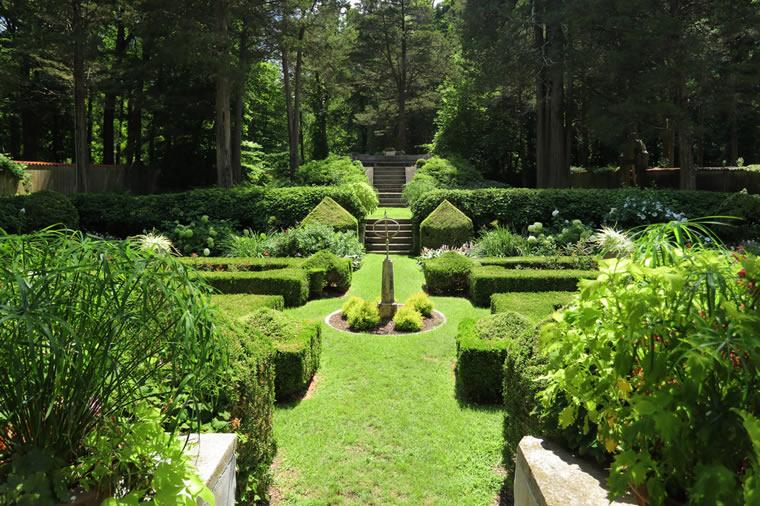 caramoor garden