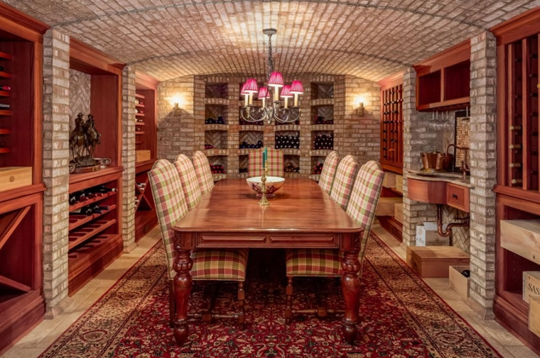 home wine tasting cellar