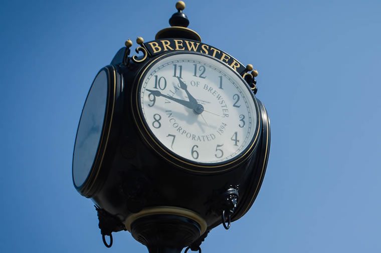 brewster town clock