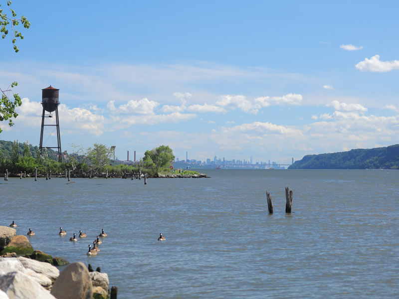 hudson river in hastings