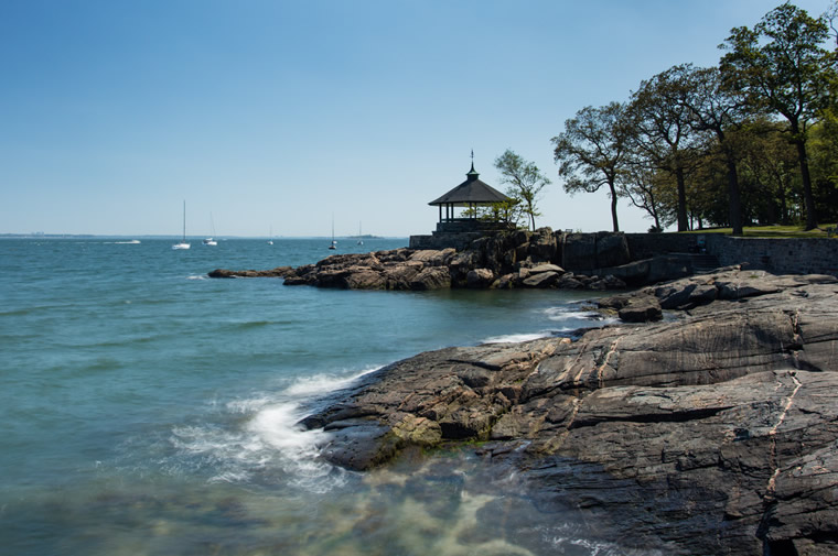 larchmont gazebo and water