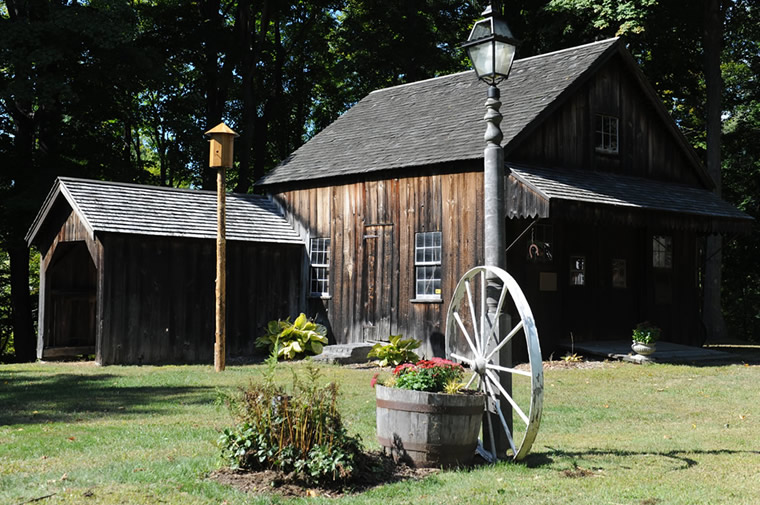 smith's tavern