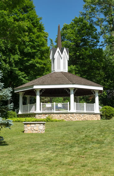 bandstand in mahopac