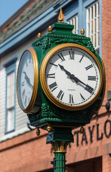 new canaan clock