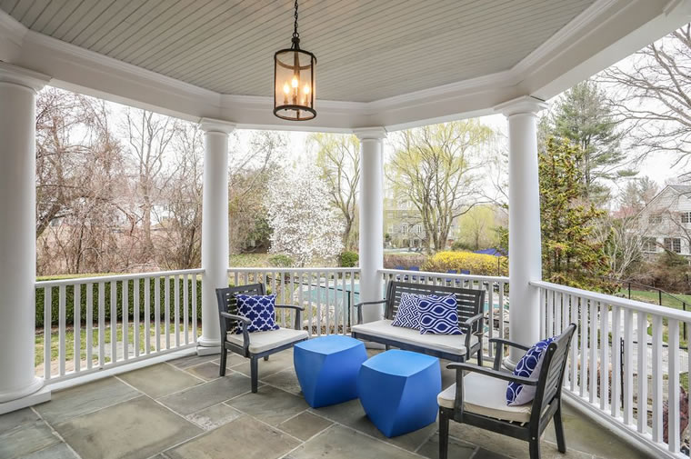 4 Plymouth Road Porch